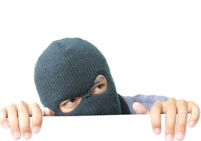 4 Signs that Will Tell You if Your House is a Target for Burglars