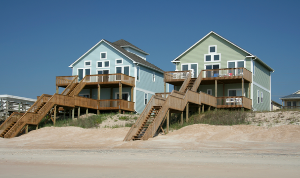 Creative Ideas for Decorating a Beach Front Vacation Home