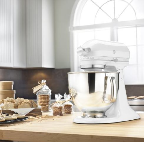 5 Practical Appliances That Double As Great Decor Items For Your Kitchen(1)