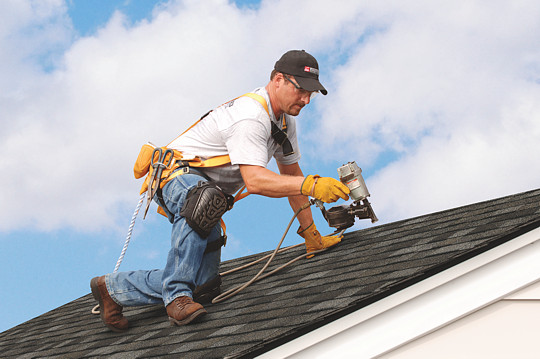 7 Questions You Should Ask Before Hiring a Roofing Contractor