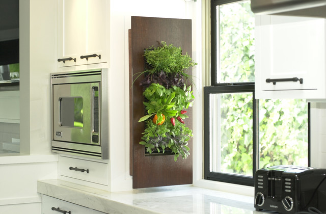 Use Every Inch of Free Space - Green Wall