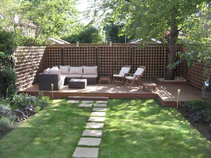 How To Decorate Your Garden Within Budget?