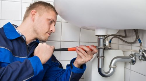 Selection of The Right Plumber – Know What You Must Check
