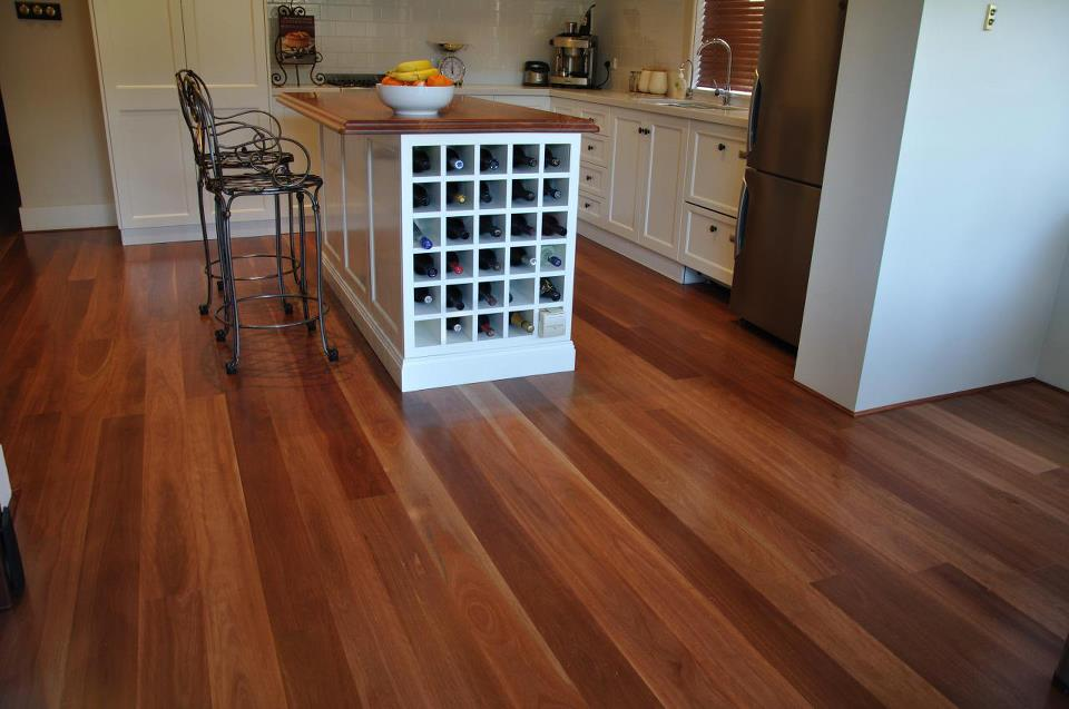 wine-rack-wood-flooring