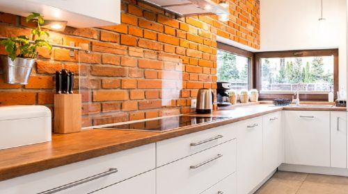 Why Should You Select Glass Splashbacks For Your Kitchen?